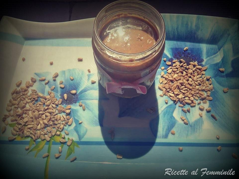burro di semi di girasole