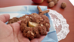 biscotti-mele-e-noci - biscotti-mele-e-noci-300x169