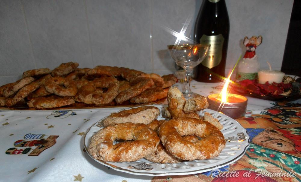 Ricetta dei roccocò - biscotti natalizi 6