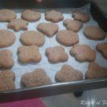 Biscotti natalizi: Mostaccioli morbidi ripieni 8