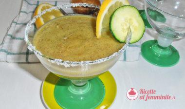 Frullato kiwi, cetriolo e mela verde