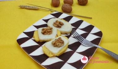 Crostini di polenta con formaggio e noci