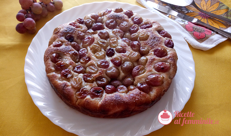 Focaccia dolce all'uva 4