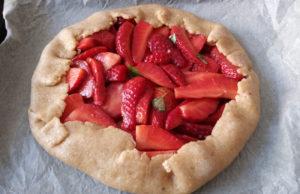 Galette alle fragole o crostata rustica senza burro 4