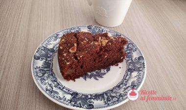 Torta pere e cioccolato con nocciole