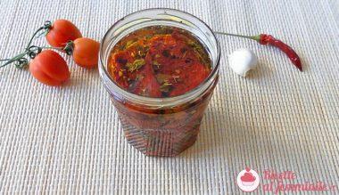 Pomodori secchi sott'olio 7