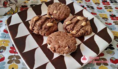 Biscotti con arachidi senza burro